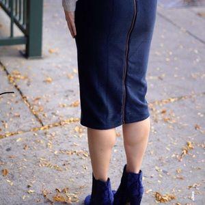 Urban Outfitters ribbed velvet pencil skirt